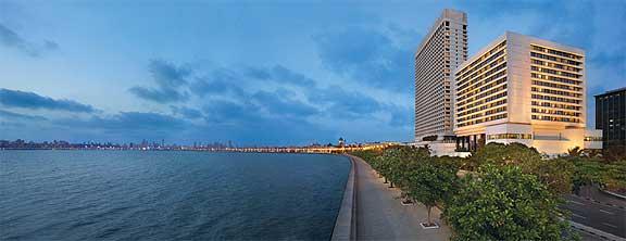 Bis zum 31.Dezember 2010 bitete das Oberoi Hotel in Mumbai noch spezielle Übernachtungsangebote.